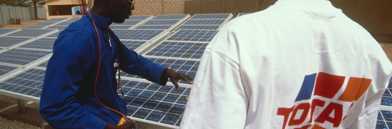 Toitures, centrales au sol et ombrières solaires | Total Solar