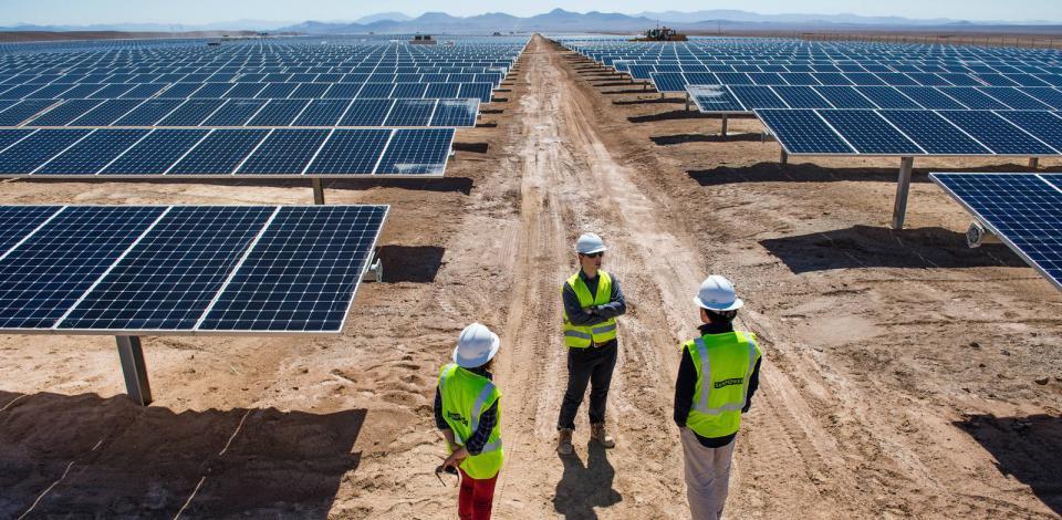 Centrale Solaire Total Nuevas Energias Chile dans la région d'Atacama, Chili.